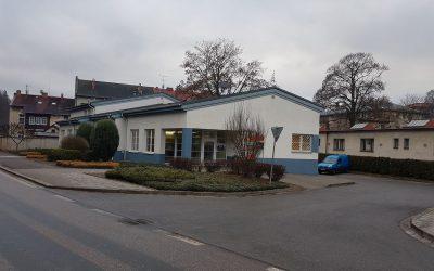 Česká pošta Úpice – klimatizace poštovních přepážek a klimatizace klientské haly