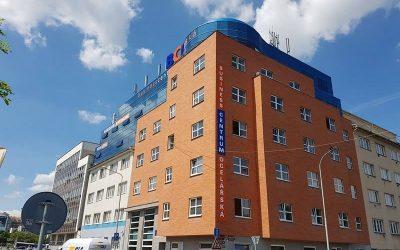 Klimatizace kanceláří Praha – BUSINESS CENTRUM OCELÁŘSKÁ Praha 9
