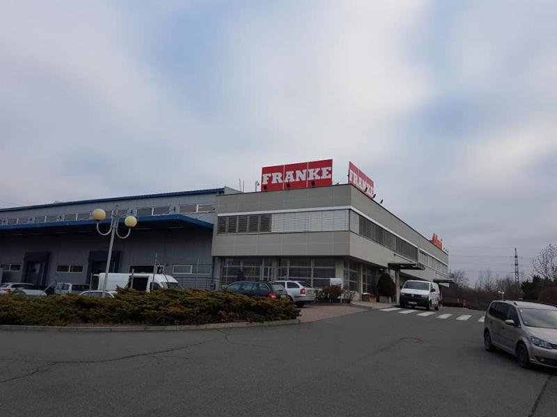 Showroom firmy FRANKE Praha – klimatizace předváděcího centra